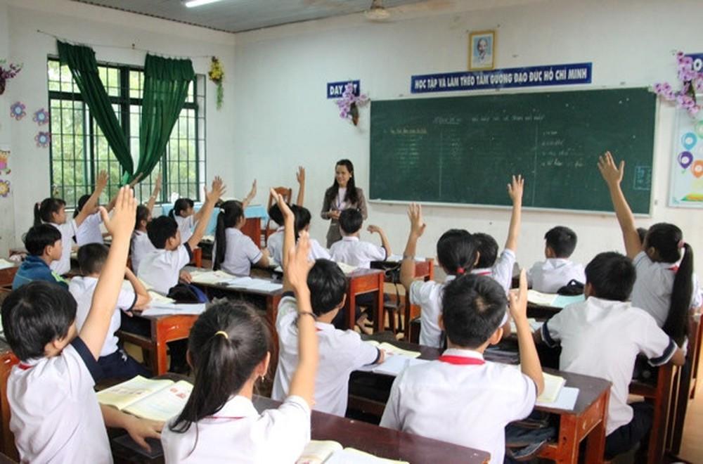 phu-huynh-ung-xu-sao-khi-con-bi-giao-vien-di-vi-khong-chiu-hoc-them (1)