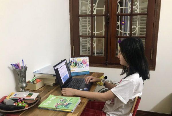 Mách phụ huynh cách học sinh học online hiệu quả tại nhà